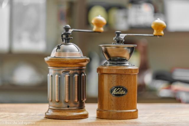 カリタ 手挽きコーヒーミル KH-5とKH-3を並べた様子