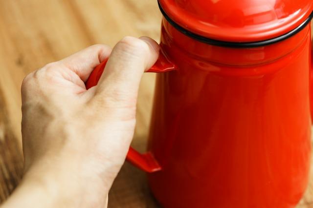 カリタ コーヒー達人・ペリカンの取っ手、熱くなる