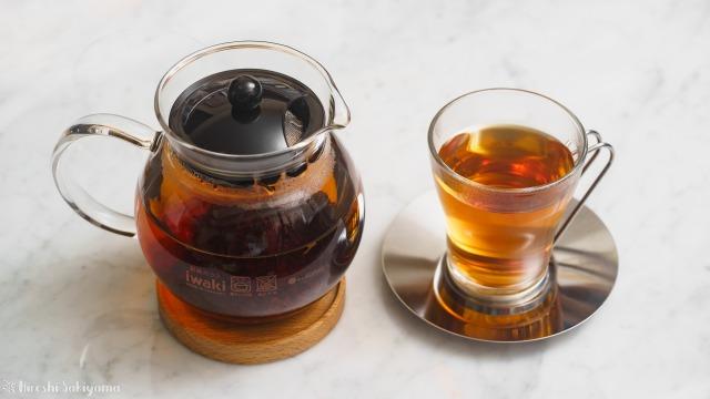 iwaki 耐熱ガラス ジャンピングティーポット K894Tと淹れた紅茶