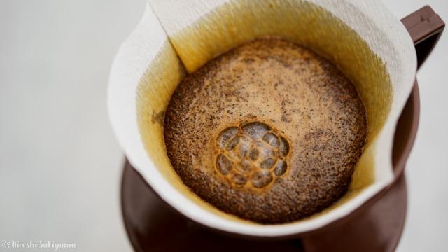堀口珈琲さんのコーヒー豆でペーパードリップ、蒸らし