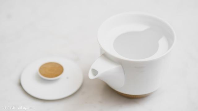 白山陶器 茶宝 栗茶の急須、蓋を取った