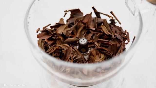 CASUAL PRODUCT パーフェクト C&T ブリューワー ラウンドで抽出後の茶葉